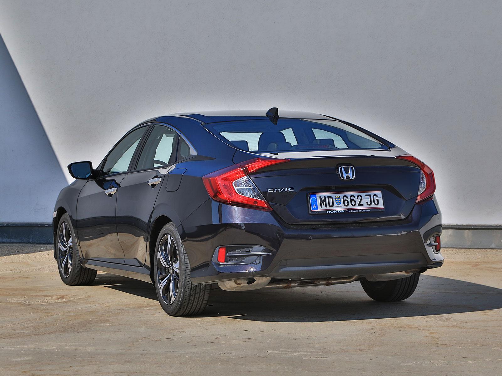 Honda Civic Limousine 15 Vtec Turbo Executive At Testbericht