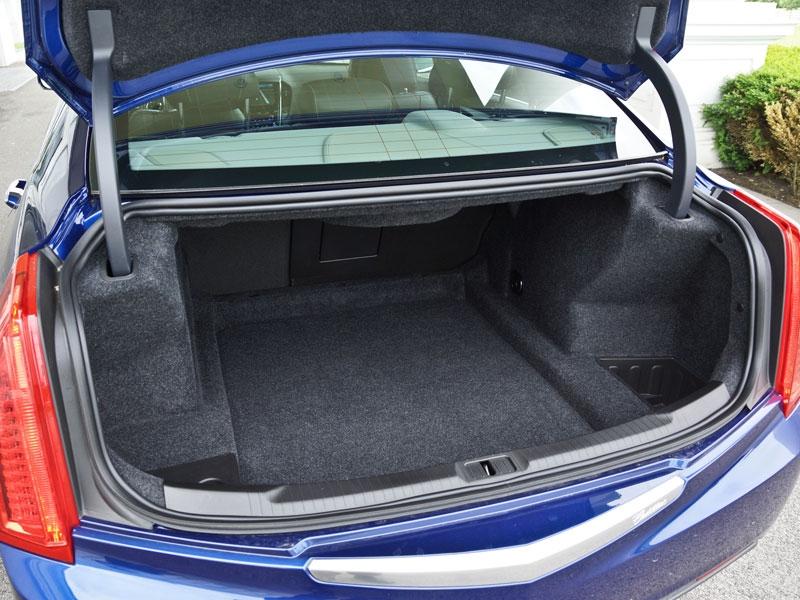 Cadillac ATS 2,0T RWD Premium – Testbericht – AutoGuru.at