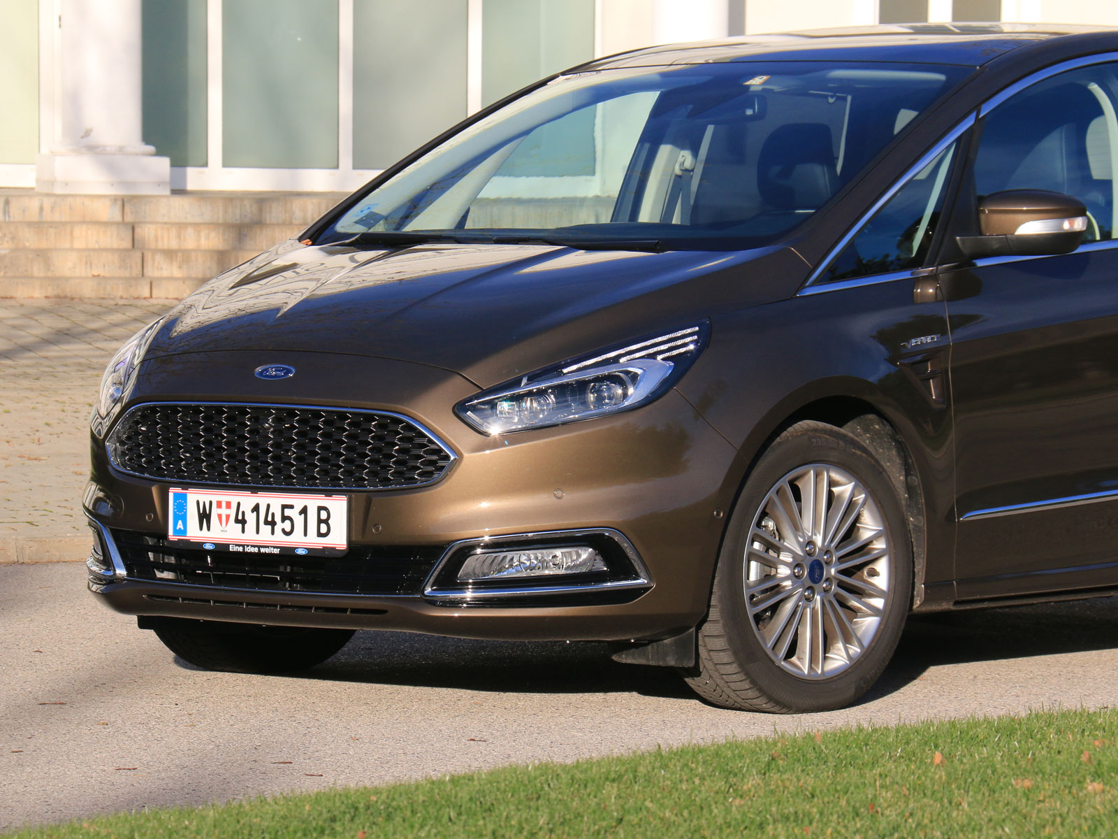 ford s max vignale 2 0 tdci 180 ps aut awd testbericht. Black Bedroom Furniture Sets. Home Design Ideas