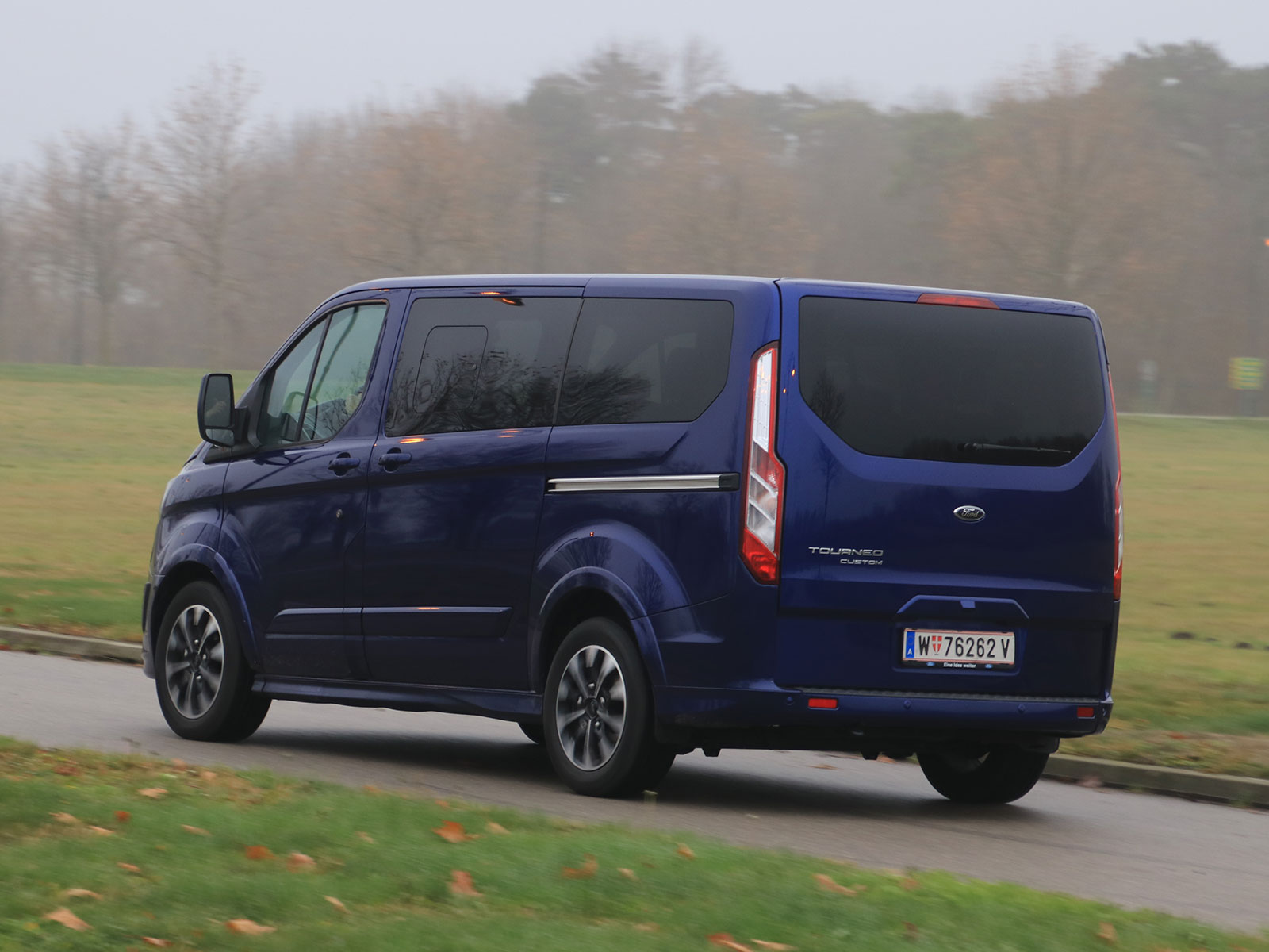 ford tourneo custom 2 0 tdci 170 ps at sport testbericht