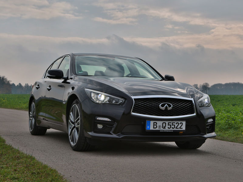 infiniti q50 s hybrid awd testbericht. Black Bedroom Furniture Sets. Home Design Ideas