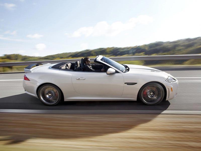 la auto show 2011 premiere jaguar xkr s cabrio. Black Bedroom Furniture Sets. Home Design Ideas