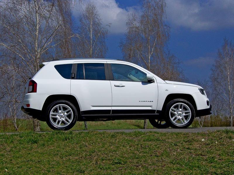 jeep compass 2 4 limited 170 ps 4wd at testbericht. Black Bedroom Furniture Sets. Home Design Ideas