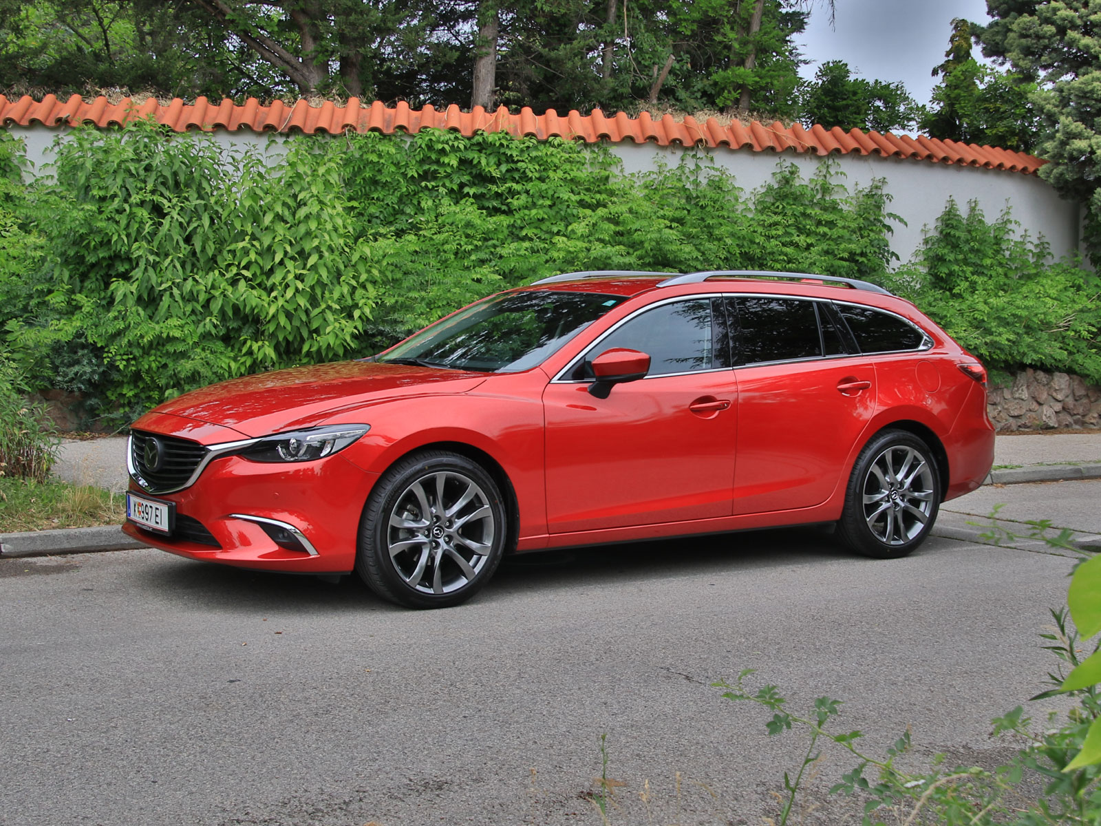 mazda 6 sport combi cd 175 awd at revolution top testbericht. Black Bedroom Furniture Sets. Home Design Ideas