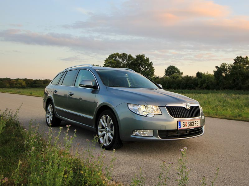 skoda superb combi ambition 4 4 tdi dsg testbericht. Black Bedroom Furniture Sets. Home Design Ideas
