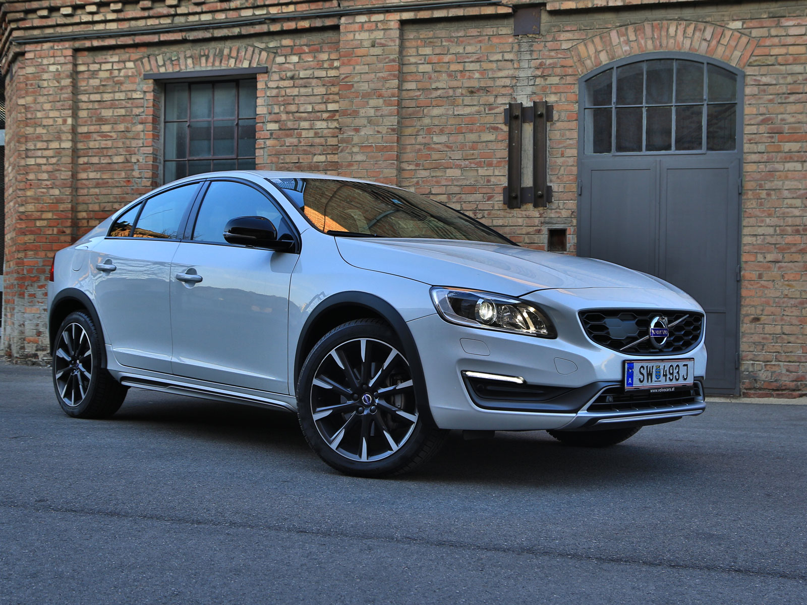 volvo s60 cross country d4 awd at summum testbericht. Black Bedroom Furniture Sets. Home Design Ideas