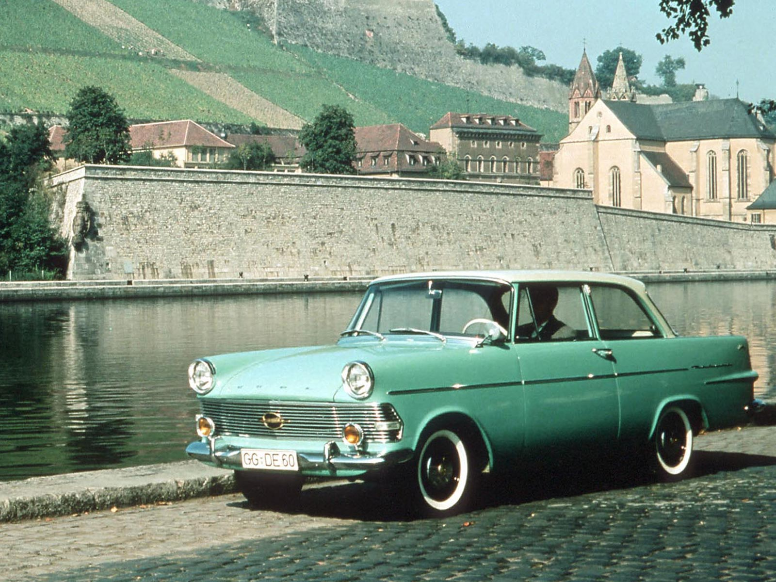 Opel rekord coup p2 1960