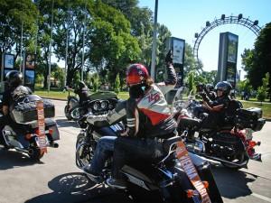 (c) Harley Davidson