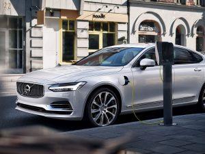 (c) Volvo