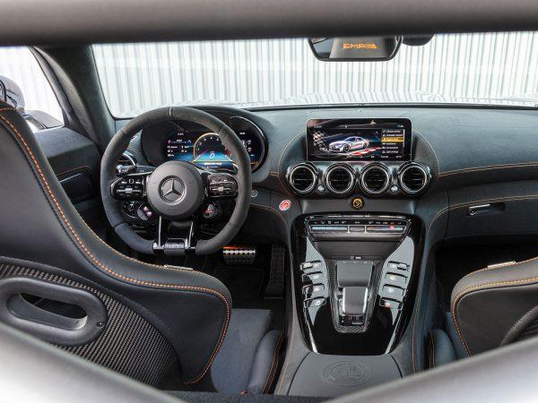 Mercedes-AMG GT Black Series Innen