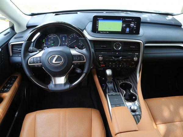 Lexus RX 450h President Cockpit