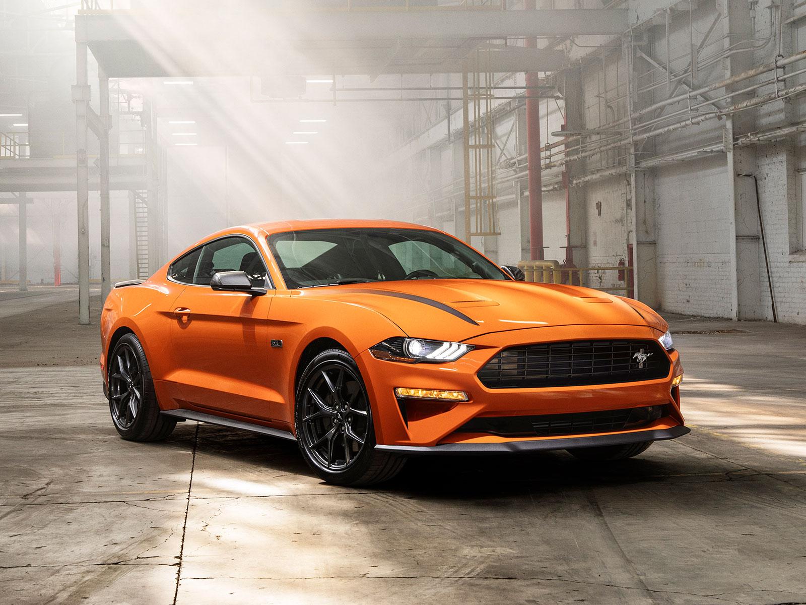 2020 Mustang Photos