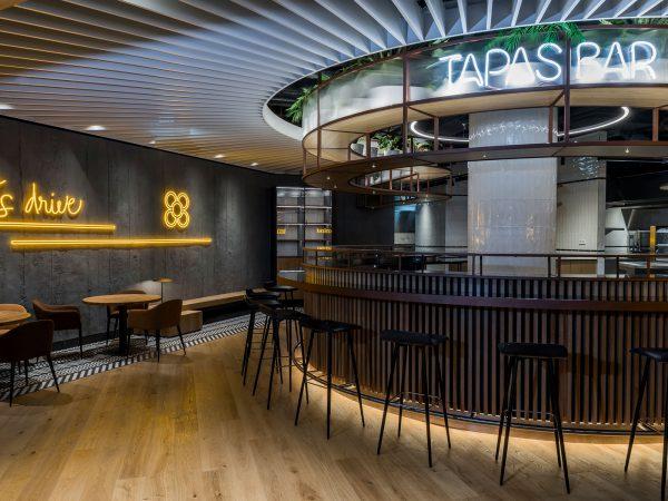 Seat Hola! Tapas Bar