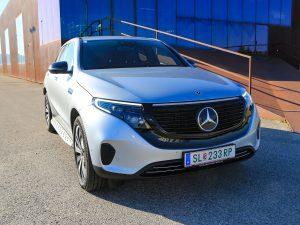 Mercedes EQC 400 4Matic Front