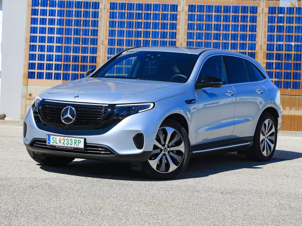 Mercedes EQC 400 4Matic Front