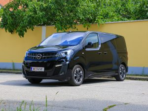 Opel Zafira Life Front