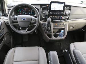 Ford Tourneo Custom PHEV Innen