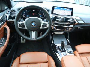 BMW X3 xDrive 30e Innen