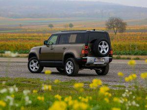Land Rover Defender 110 SE D240 AWD
