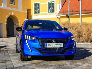 Peugeot e-208 GT