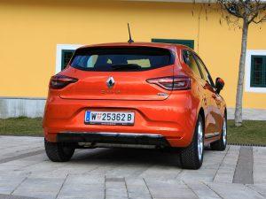 Renault Clio Intens E-TECH 140