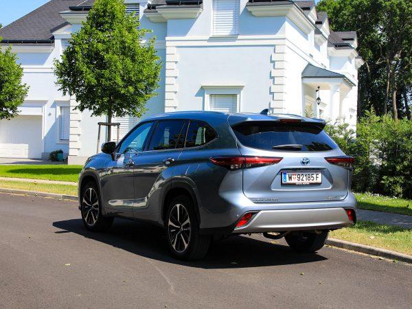 Toyota Highlander 2,5 Hybrid VIP